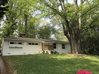 4 Bed/ 2 Bath Fantastic Renovation - Close to Everything