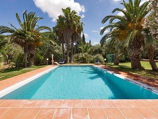 Villa di campagna con piscina, uliveto, frutteto, giardino tropicale!