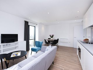 Executive 2BR Apartment perfect for Couples