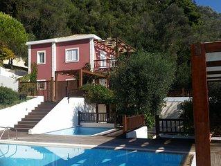 Top Floor Appartment in Villa 320