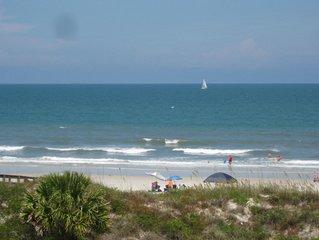 Beautiful Oceanfront Condo With Spectacular Ocean  Views