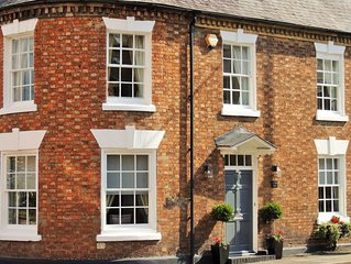 Luxury Georgian Townhouse Close To Stratford Upon Avon & The Cotswolds