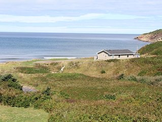 Beachfront Cottage in Broad Cove Marsh