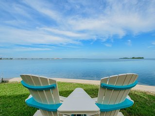 Beautiful, Gulf-front, 2 bedroom, 2 bath, End Unit, Dunedin Townhome. Sunsets!!!