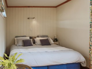 Comfortable Self Contained Cabin for up to two guests in the heart of Tolaga Bay