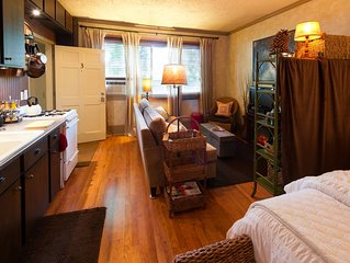 Kara's Kottages | Pine Cone | Close to Downtown and WMU