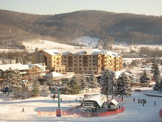 Ski In/Out Slopeside Top Notch Condo, All Amenities