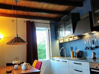 Splendid family apartment centrally located to the beach, boatrental, shop etc.