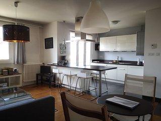 Appartement moderne plein centre