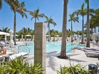 5 Star★★★★★St Regis Ocean Front Suite 1478 Sq Ft living plus 2 large Balconies