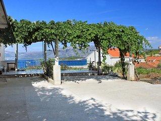 Two bedroom apartment near beach Lumbarda (Korcula) (A-4437-a)
