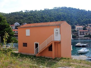 Two bedroom apartment with balcony and sea view Brna (Korcula) (A-561-b)