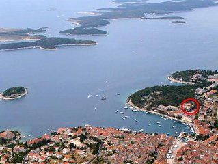 Studio flat with terrace and sea view Hvar (AS-591-a)