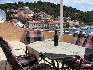 Three bedroom apartment near beach Brna (Korcula) (A-4463-b)