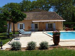 Au cœur du Luberon face au colorado, grand mas tout confort, Wifi, piscine....