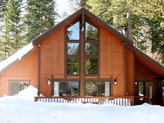 West Lake Tahoe Chalet, 3 bd/2bth, Hiking, Biking, Skiing, Sledding, Sleeps 8.