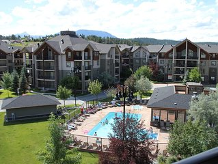 Invermere *Amazing Views* 3 BR Penthouse Lake-Front Resort Condo
