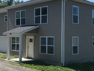 Modern 4 BR, 2Bath, close to Cornell, Ithaca College and downtown