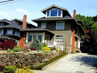 Capitol Hill - Vintage 1907 Home in GREAT Location (Brass Bed Guestroom)