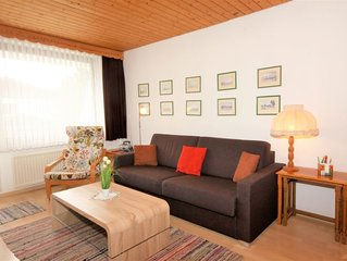 One bedroom Apartment, sleeps 4 with Walk to Shops
