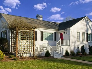The Cary House 3BR 2BA Sleeps 6 - Heart of Downtown Cary - Eat Drink Play Shop