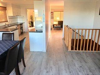Ocean Grove Holiday House spacious 4 bed, 3 Bath, near beach & shops Sleeps 7