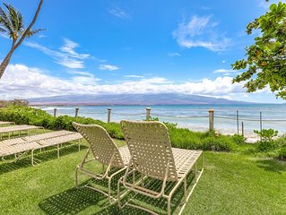 Oceanfront condo in Maalaea: lanai, lovely views & shared pool- steps to beach!