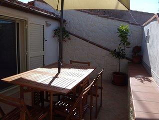 Ferienhaus in zentraler Lage mit WLAN, Klimaanlage und Terrasse
