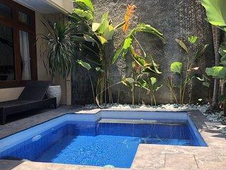 KUTA Private Villa Santai with plunge pool, 4 bedrooms 3 Bathrooms.