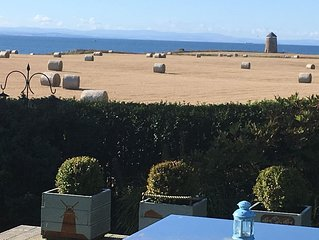 In the heart of the East Neuk, with fabulous sea view and close to great golf.
