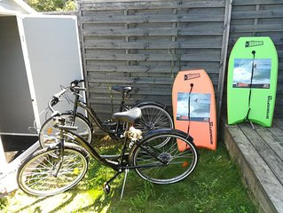 60 m² AU CALME, RÉCENT, PINÈDE ET BOURG / plages à 3km/ bbq+vélos+wifi/Classé 3*