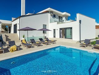 Stylish villa with a private pool near Umag