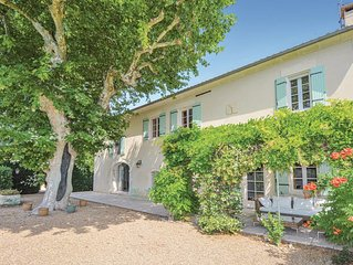 5 Zimmer Unterkunft in Chateaurenard