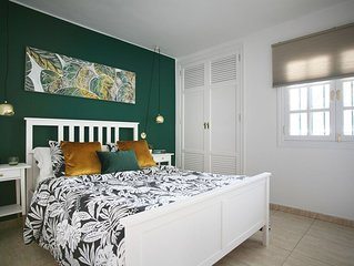 Modern Apartment with Wifi, Air Con and U.K. TV programmes in Puerto Del Carmen