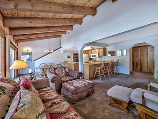 CLOSEST HOME TO CHAIRLIFT ON THE PLANET! SLEEPS 8, COZY,  CORONAVIRUS CLEANING!