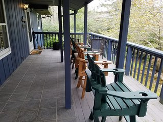 Linville Gorge Vacation Cabin 'Panacea' at Gingercake Acres