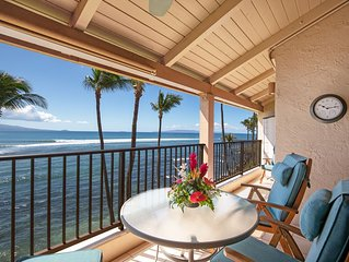 Maui 5 STAR REVIEWS Beautiful Ocean Front Remodel A/C Living Room*Lauloa 409*