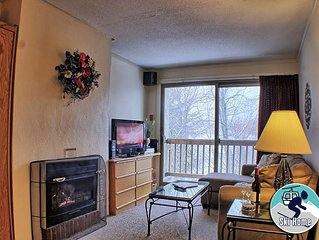 Ski home to this cozy condo with shuttle to Slopes Whiffletree F5
