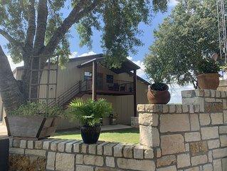 The Crow's Nest - Brenham, TX