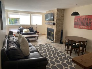 Cozy and Convenient 1 Bedroom East Vail Condo #7H. Hot Tub, Market, Shuttle.