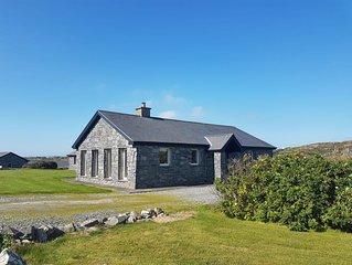 Murlach Moorings Ballyconneely - sleeps 6 guests  in 3 bedrooms