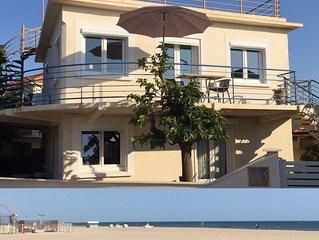•Schöne Wohnung mit Garten • am Strand • WiFi •  sicherer Parkplatz •