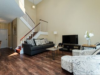 Upscale Stylish 3B2.5B Home in Fremont w/Parking*Washer*Dryer