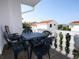 One bedroom apartment with terrace and sea view Mandre (Pag) (A-6405-b)