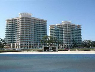 Fabulous 3-Bedroom / 3-Bath Corner Unit w/ Ocean View