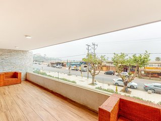 Downtown apt. w/city views from the terrace & shared swimming pool!