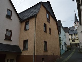 Splendid Holiday Home in Briedel Mosel with Fireplace