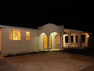 Paradise Villa - Located in the Parish of St. James