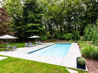 (2020 Calendar OPEN!) Lakeside Retreat With Private Heated Pool Close to Beach!