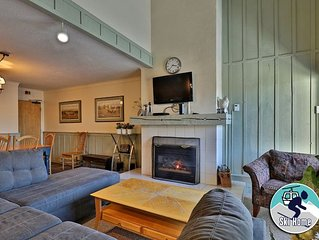 If location is important, this condo is for you w/ shuttle to Slopes/Ski home